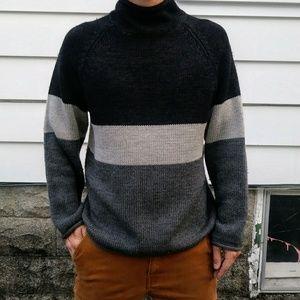 J. Crew Mens Sweater. Size medium